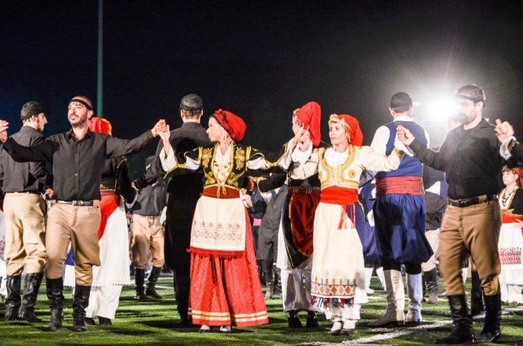Критский вечер с живой музыкой и танцами